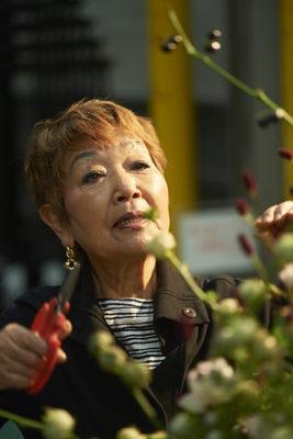 6/30『朝日新聞』朝刊で『「徹子の部屋」の花しごと』が紹介されました。